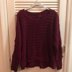 Cropped lightweight burgundy sweater